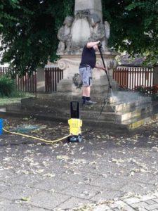 Nettoyage par notre bénévole merci Kuhn Jean-Michel